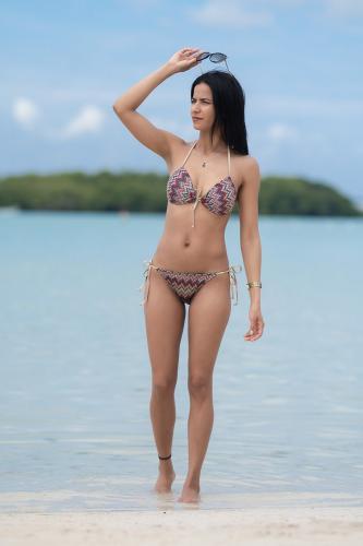 Bikini Spargi con tonos...