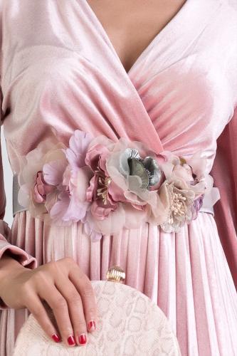 Cinturón de flores plateado