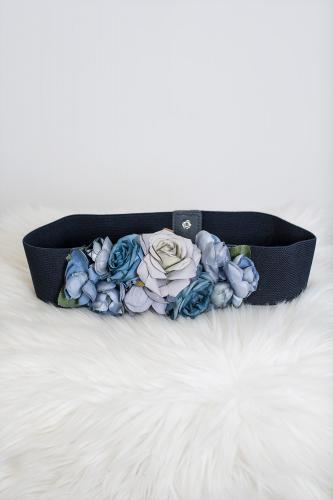 Cinturón de flores azul marino