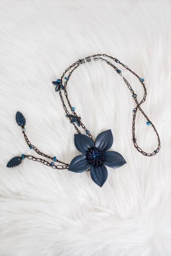 Collar flor Natura