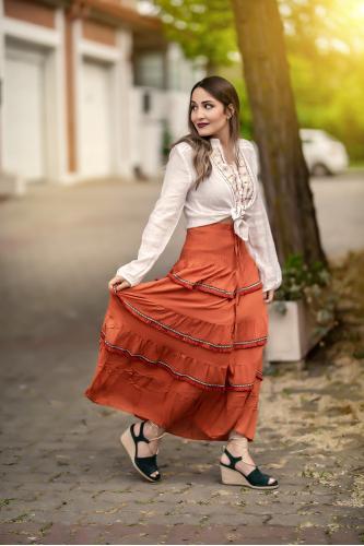 Falda Étnica Nirva